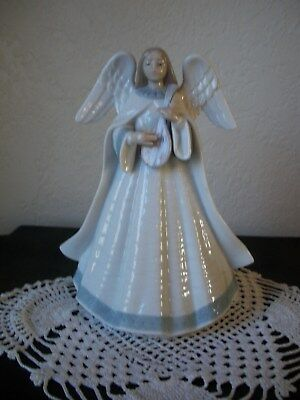 Lladro 05963 Angelic Melody Angel With Mandolin Tree Topper Figurine