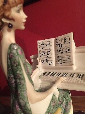 """Giuseppe Armani """"LADY AT PIANO"""" Figurine """"Party Piece""""  Made in Italy"""