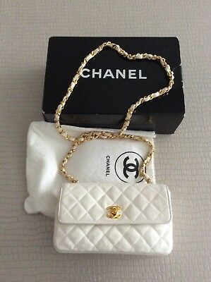 enorme sconto 40786 295dc CHANEL BORSA COLORE Bianco In Pelle Mini Quilted Leather ...