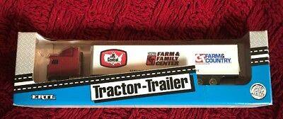 Ertl Central Tractor Trailer Vintage Diecast Farm Family Center Made USA 1994