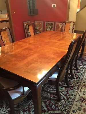 Amazing Statment Dining Room Table W/ 6 Carved Back Chairs