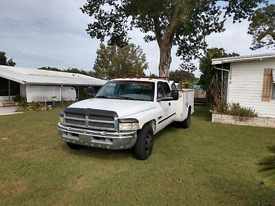 2001 Dodge Other Pickups  2001 Dodge 3500 ext cab with utility bed