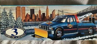 NIB Sunoco Gasoline 1996 Ultra 94 Hoist Tow Truck Snow Plow Collectors Edition