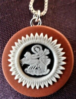 Wedgwood Tri-Colour Jasper Pendant & Chain Set In Sterling Silver, Perfect