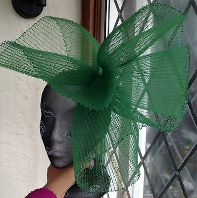 Green fascinator millinery burlesque wedding hat hair piece ascot race bridal x