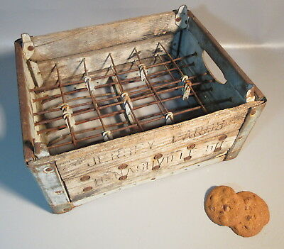 Vintage Wood, Wire, Metal Jersey Farms Dairy Advertising Display Carrier Crate