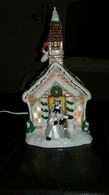 Warner Bros Looney Tunes Holiday Lighted Village Town Hall Pepe Le Pew Orig. Box