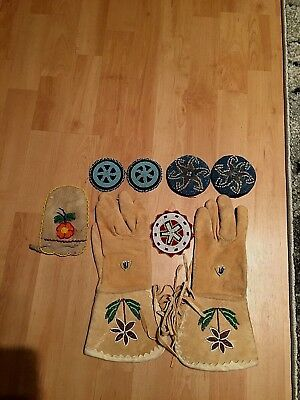 Beaded lot of Artifacts -  gloves, bag, large rosettes!! All ex. Condition