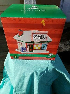 Dept 56 Pinecrest Post Office Peanuts Lighted Building