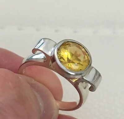 Vintage Sterling Silver 925 Yellow Round Curved  Ring Size 6