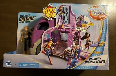 DC Super Hero Girls BATGIRL & MISSION VEHICLE Control Center & Net Launcher