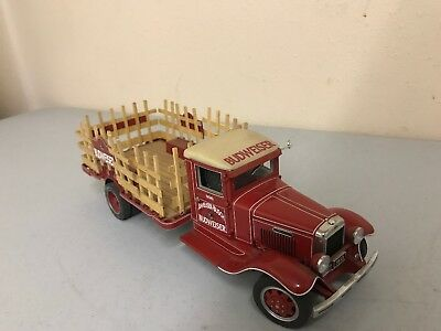"""Danbury Mint 1/24"""" Scale 1933 Budweiser Delivery Truck"""