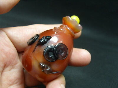 Exquisite Chinese AGATE hand carved snuff bottle    - See Video   3