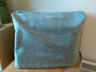 """Sewing Machine cover100% Polyester lined15""""x12""""x 6"""" Green with all over design."""
