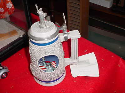 Avon Statue of Liberty America the Beautiful Stein 1998 NUMBERED PAPERWORK INCL.