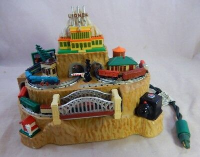 2004 Hallmark Lionelville Lionel Trains Christmas Ornament Light Magic Motion