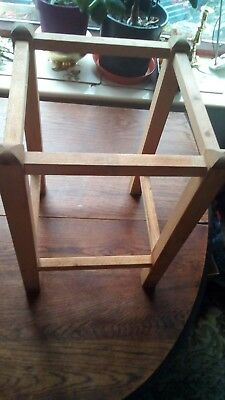 Seagrass Stool Base
