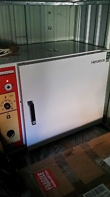 Heraeus Laboratory Incubator/Oven Large,  for repair.