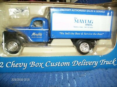 Maytag Truck Collectible Bank  1942 Chevy Box Custom Delivery Truck  1:32 size