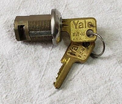"Vintage Yale Mortise Cylinder Door Lock 1 1/4"" With 2 Keys"