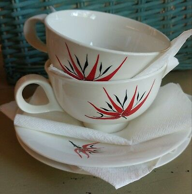 EVA ZEISEL Hallcraft China HOLIDAY 2 CUPS & 2 SAUCERS Christmas MCM Vintage