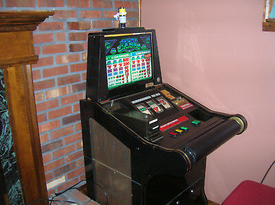 Igt Crazy Cash Slant Top Quarter Slot Machine With Matching Seat.. Working