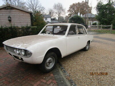 1973 Triumph 2000 Mk2 Manual/Overdrive ( Fully Rebuilt Rolling Shell)