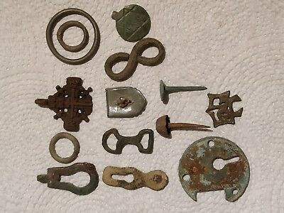 Ancient Roman Bronze -Great lot of artifacts Romans 100/300 A.D.