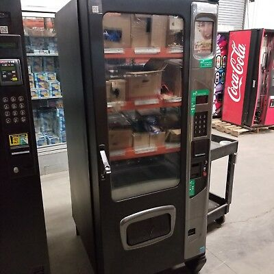 USI Alpine VT5000 Snack, Beverage, & Food Combination Vending Machine