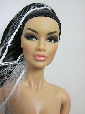 Fashion Royalty Luxe Life  Convention Prosperous Complexity Kyori Doll Head Only