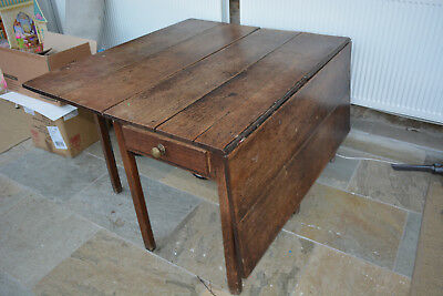 17th CENTURY TABLE OAK. WORKING DRAW TO SIDE