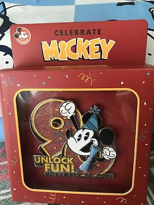 2018 Disney Parks Mickey Mouse 90th Birthday Annual Passholder Jumbo LE Pin