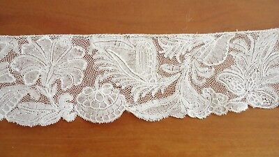 Antique 18thc beautiful bobbin lace length with exotic blooms