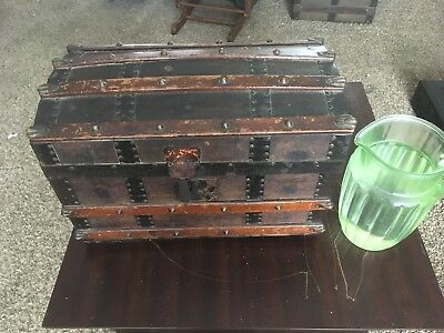 Antique Victorian childs/doll domed trunk original condition