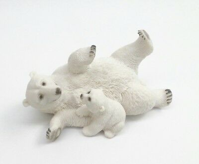 Mother Polar Bear Playing with Baby Polar Bear Figurine Collectible B