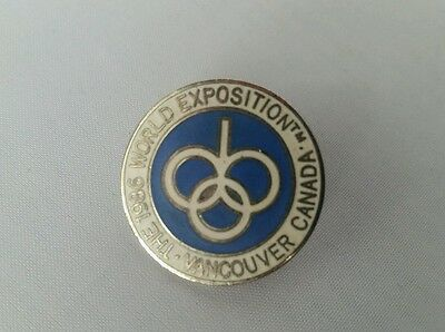 1986 The World Exposition Vancouver Canada Round Pin Button Collectible