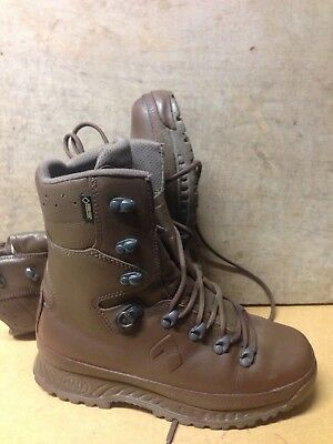 Size 7 brown cold wet weather haix boots!worn a few times!immaculate!