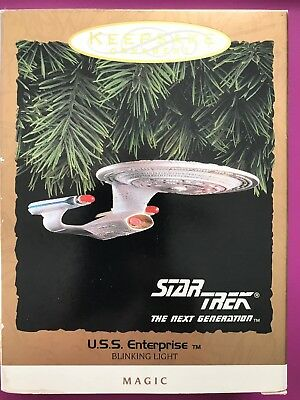 1993 Hallmark Ornament Star Trek USS Enterprise Blinking Light Magic