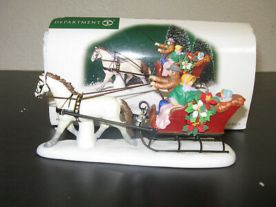 """Department 56 New England Village Series """"family Sleigh Ride"""" 56.57105"""