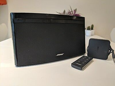Bose Soundlink Wireless Speaker (Black) with Remote and Power Cable