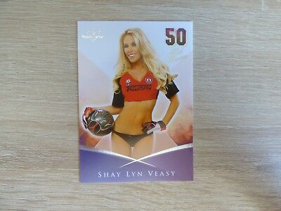 "Bench Warmer 2013 - 50 Hot Moms Card 08 ""Shay Lyn Veasy"""