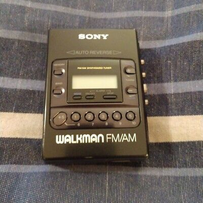 Sony Wm-F2081 Walkman Am/fm Cassette Player with TUNE BELT... COOL!