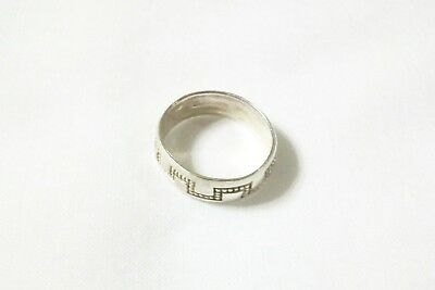 Vintage Native American Style Silver Wedding Band With Design Size 91/2 To 10