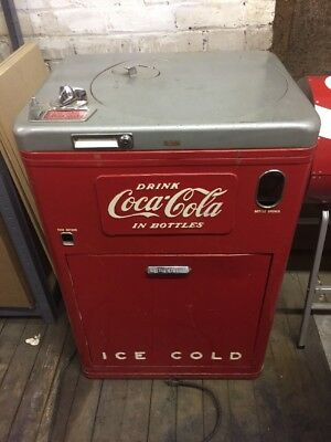 Original Vendo A23 Deluxe Coke Machine Coca Cola Vending Machine