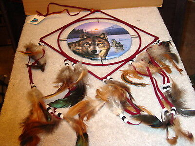 Dreamcatcher With A Picture Of Wolves Wolf Diamond Shape ( Medium )