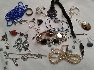 A Vintage Job Lot Of Jewellery For Spares/repairs/up Cycle/harvest