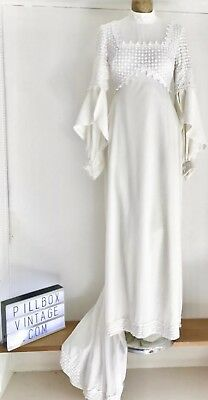 1960s Berkertex White, long sleeved high neck With train Wedding Dress Size 10
