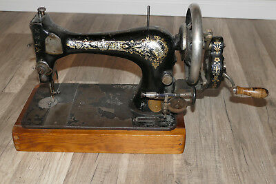 Nähmaschine mit Handkurbel The Singer Manufacturing Co Trademark Siegel K940785