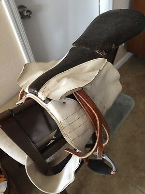 Vintage Jockey Race Horse Saddle Great Condition VINTAGE