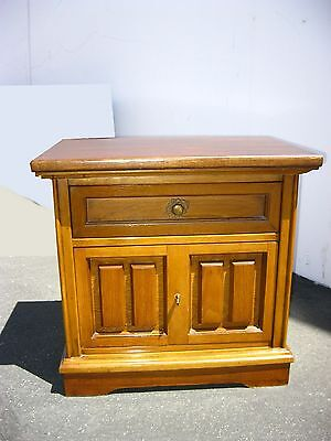 Vintage Mid Century Modern Bassett One Drawer NIGHTSTAND / End Table